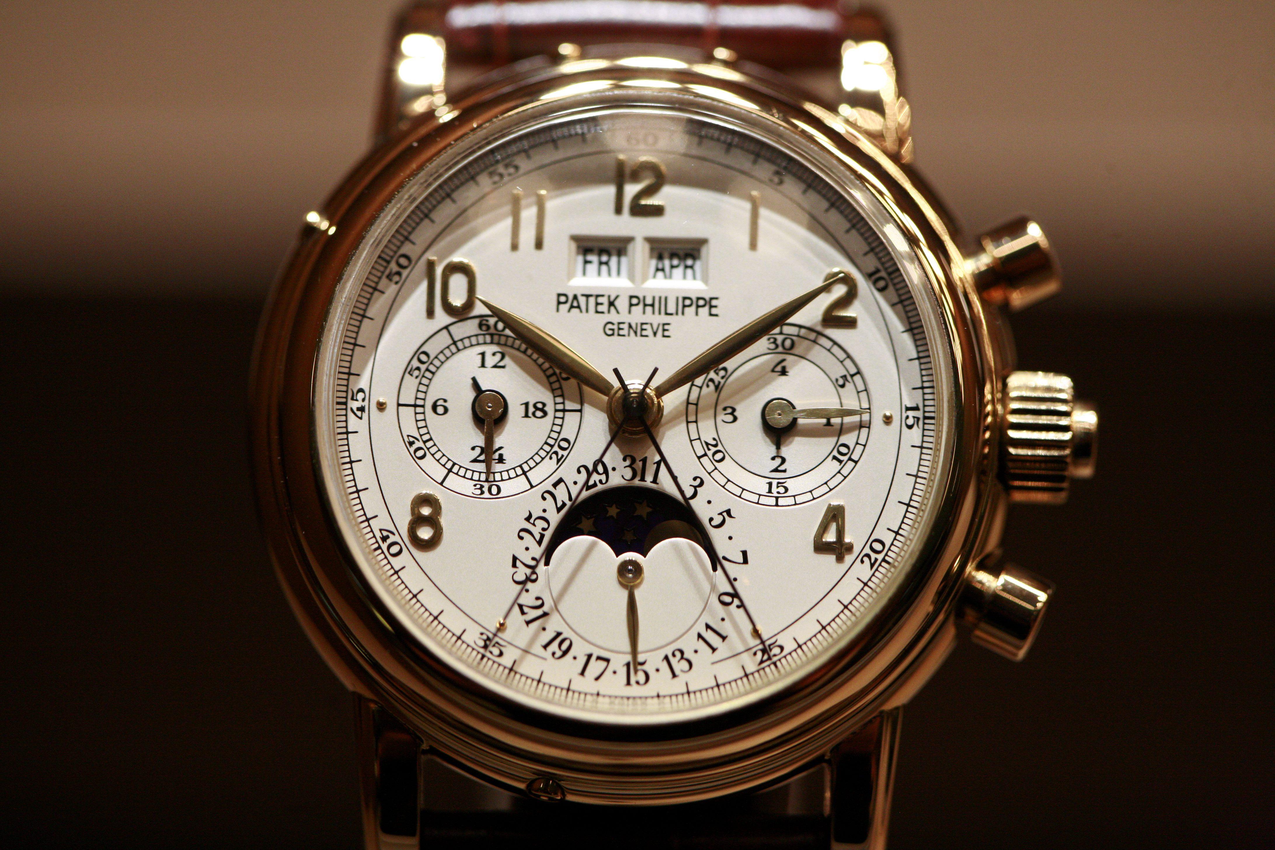 maintain luxury watch