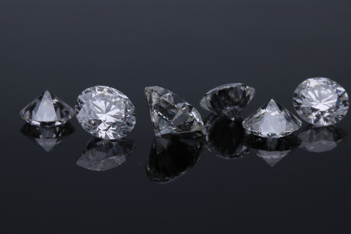 5 Types of Jewelry Pawnbrokers Rodeo Drive Will Loan on Right Now in 2021 !